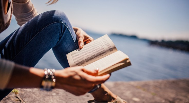 Travel & Literatures
